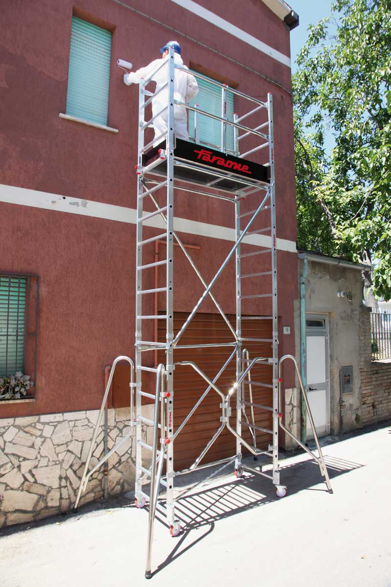 Scale e trabattelli edilver colorificio milano for Scale milano